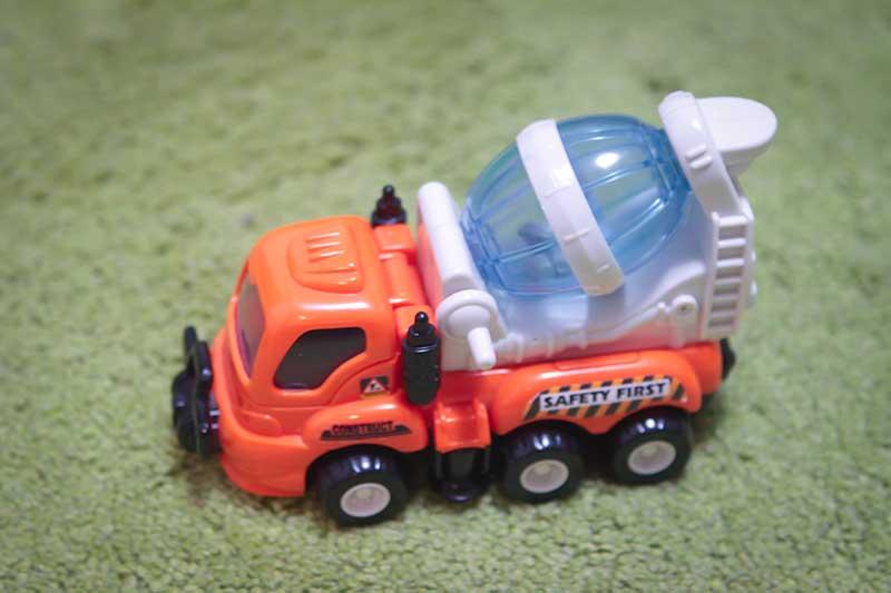 giocattolo camion bettoniera - Divertimento per Bambini a Padova con le Lezioni di Inglese