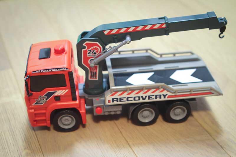 giocattolo camion gru assistenza stradale - Divertimento per Bambini a Padova con le Lezioni di Inglese